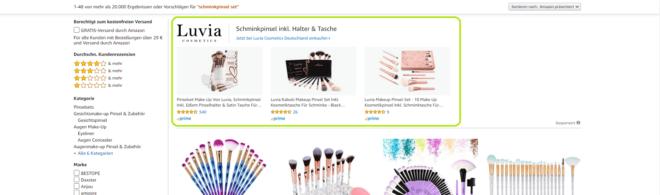 Amazon Sponsored Brand Ads enthalten das Markenlogo, eine individuelle Überschrift und bis zu drei Produkten.